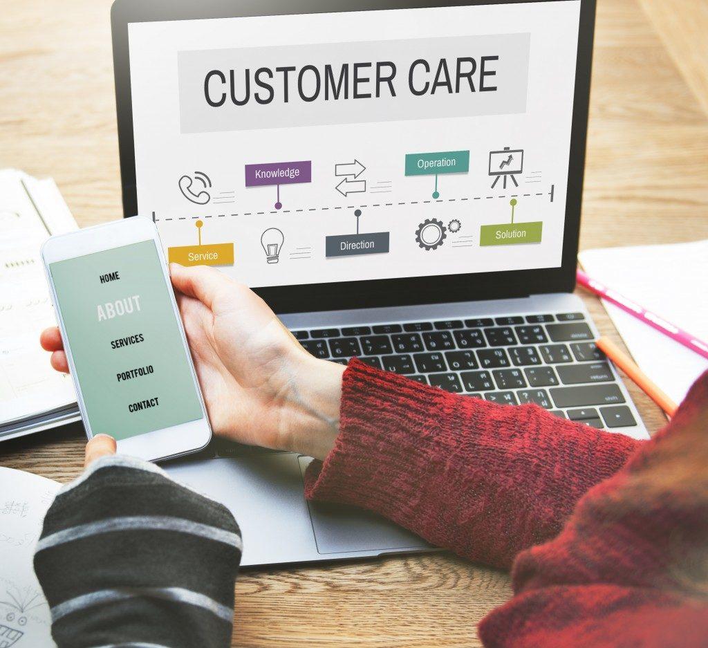 Customer care on laptop
